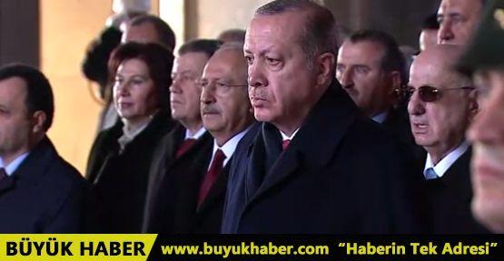 Büyük önder Atatürk anıldı! Devlet erkanı Anıtkabir'e çıktı