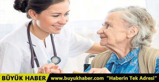 Yaşlıya bedava sağlık hizmeti